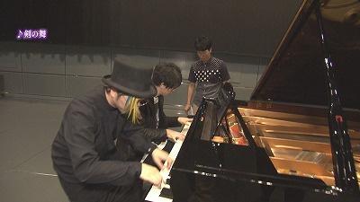 鍵盤男子×オクラホマ藤尾...ピアノ挑戦企画第2弾!始動